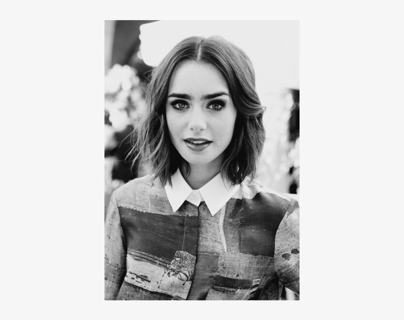 Lily Collins Black And White And Lily Image 90s Shoulder Length Hair 500x570 Png Download Pngkit