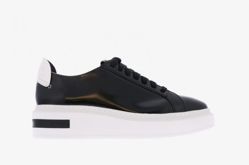 Calvin Klein Sneakers Tesir